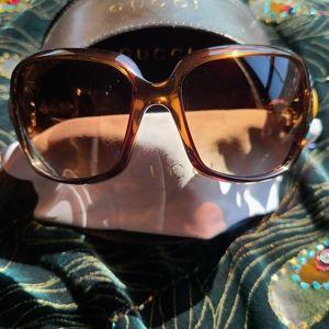 EUC Gucci Bamboo Sunglasses
